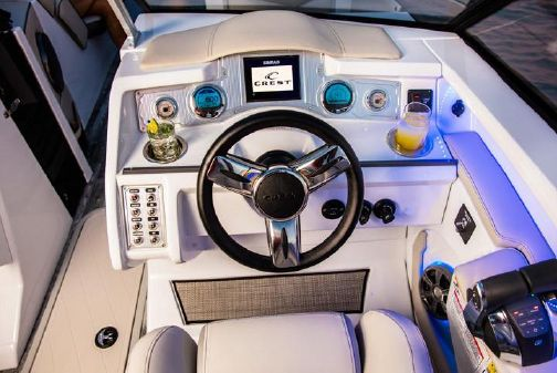 Crest Continental 270 NX-L Twin image