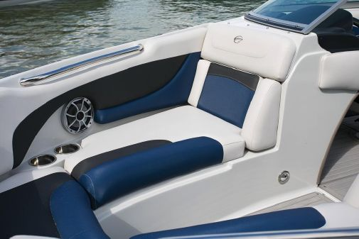 Crownline 225 SS image