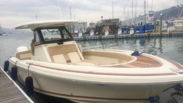 Chris-Craft Power Boats For Sale - City Yachts