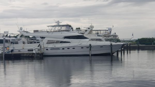 Johnson FB MotorYacht with Extension