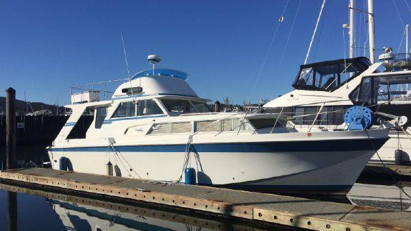 Uniflite 41 Fiberglass Motor Yacht