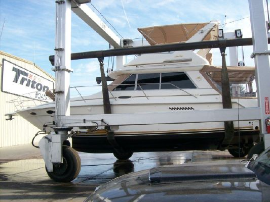 Sea Ray 370 Sedan Bridge - main image