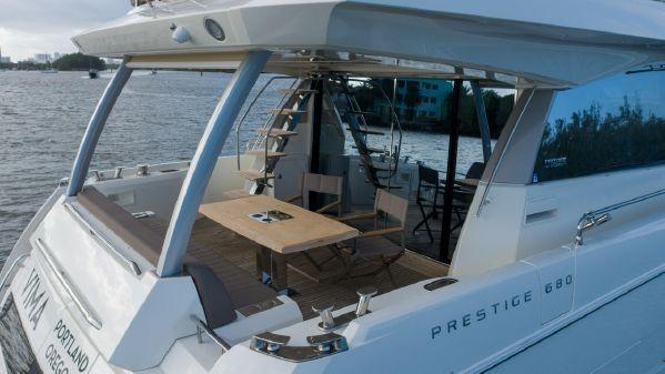 Prestige 680 image