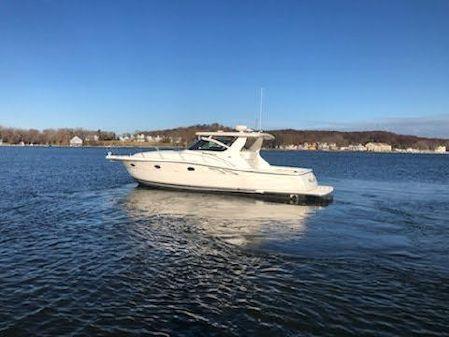 Tiara Yachts 3800 Open image
