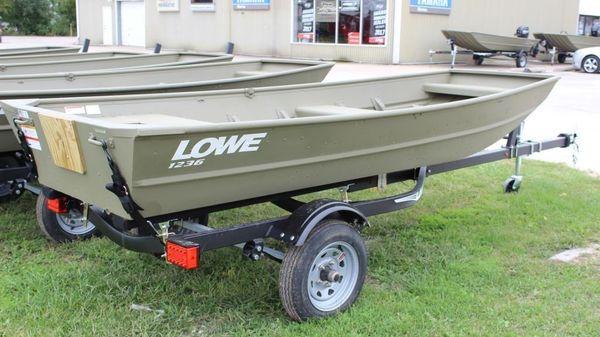 Lowe L1236