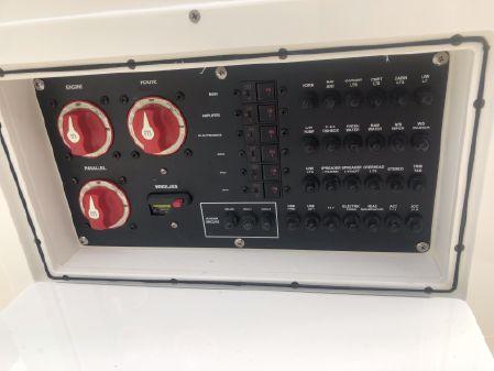 Cobia 240 Dual Console image