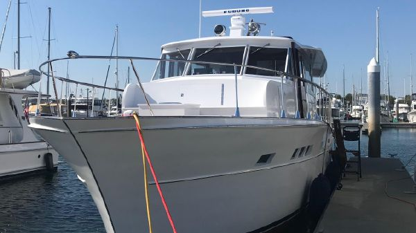 Chris-Craft Flushdeck Salon Motoryacht
