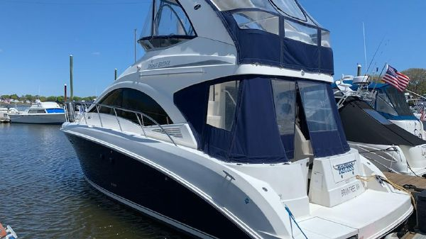 Sea Ray 360 Flybridge