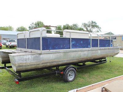1977 Landau<span>24' Pontoon</span>
