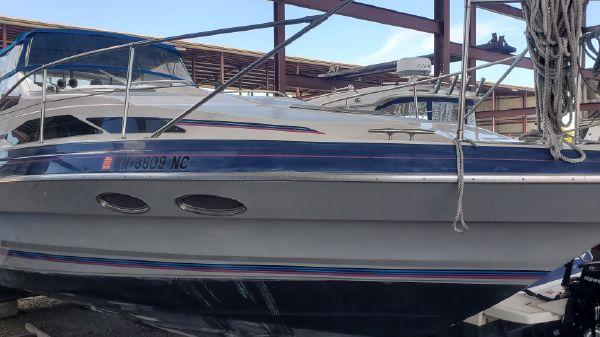 Bayliner Avanti 3255