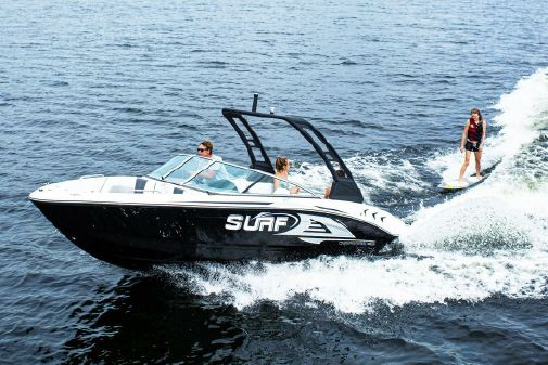 Chaparral 21 SURF image