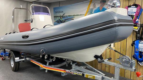 Brig Falcon 420