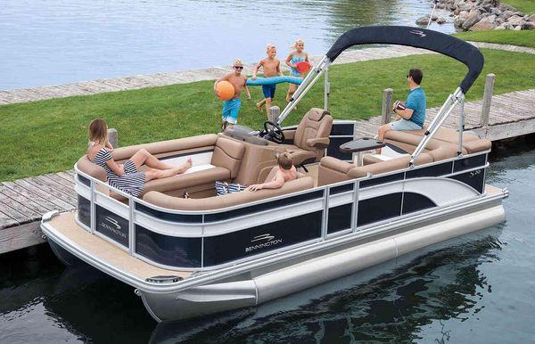 2020 Bennington S 168 SL 8' Narrow Beam