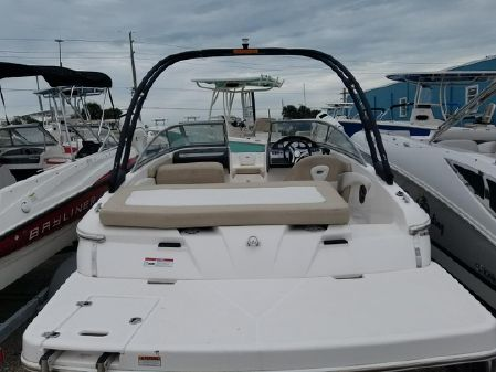 Regal 1900 ESX Bowrider image
