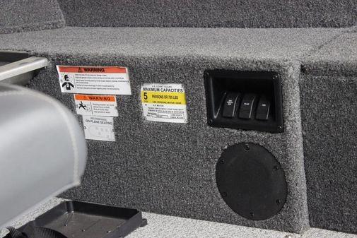 Lowe FM 160 T image