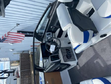 Malibu Wakesetter 23 LSV image