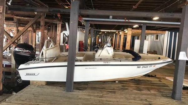 Boston Whaler 18 Dauntless