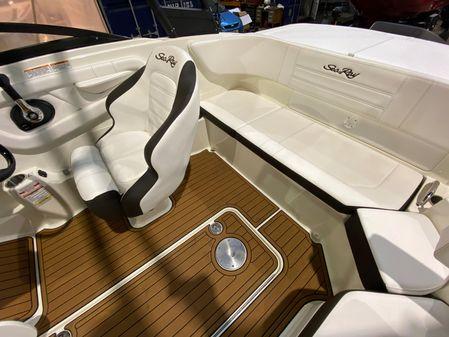 Sea Ray SPX 190 image