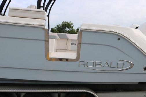 Robalo 302CC image