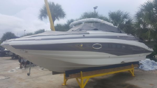 Crownline E4 XS - Florida Boat