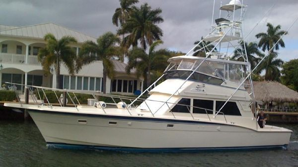 Hatteras 52 Convertible w/Tower
