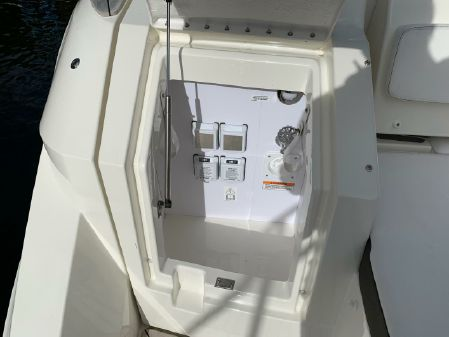 Sea Ray Sundancer 320 image