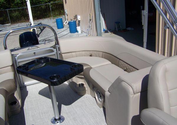 Avalon LSZ 24 Quad Lounger image