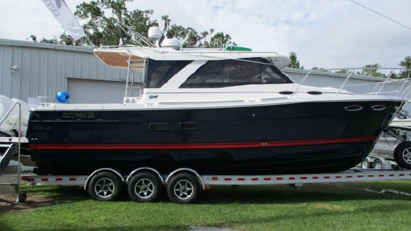 Cutwater 302 Coupe