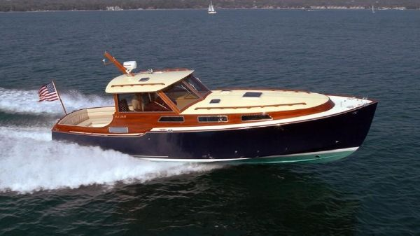 Van Dam Custom Starboard profile