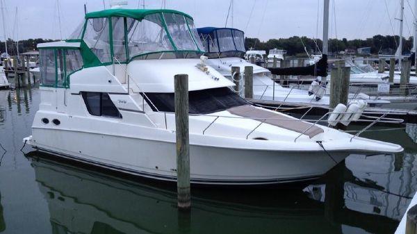 Silverton 372 Motor Yacht Exterior 1