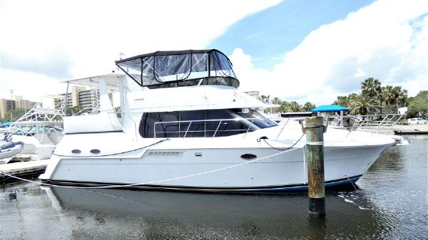 Used Carver Boats For Sale - Yacht Brokers | Buy or sell
