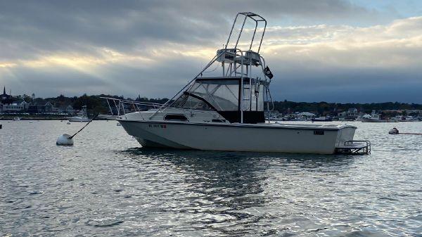 Boston Whaler 27 Inboard