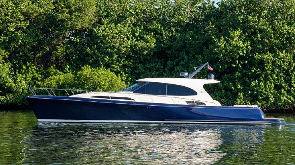 Palm Beach Motor Yachts GT60