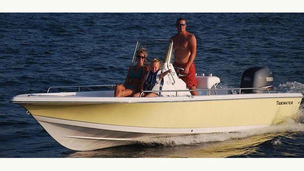 Tidewater 2100 Bay Max