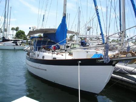Young Sun Bluewater Cruiser 35 image