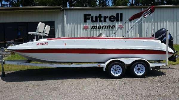 Sprint Deck Boat - main image