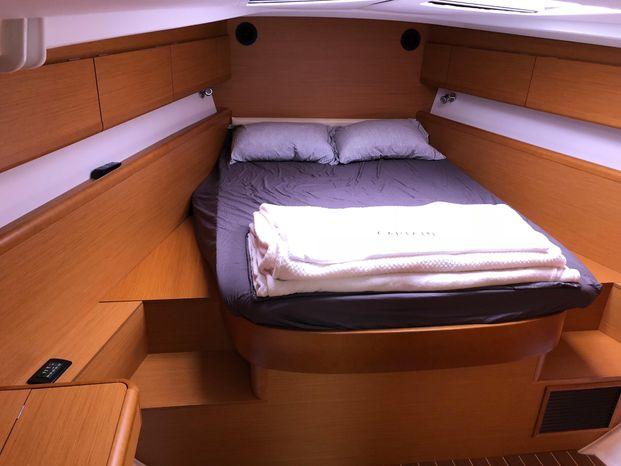 2012 Jeanneau Broker BoatsalesListing