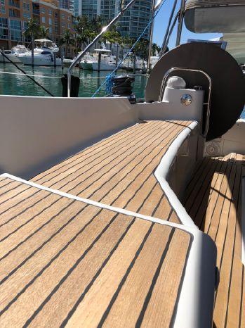 2012 Jeanneau BoatsalesListing Broker