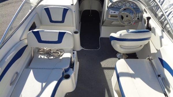 Bayliner 219 image