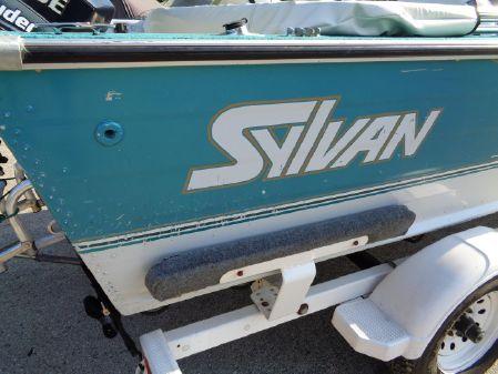 Sylvan 16 Pro Select image