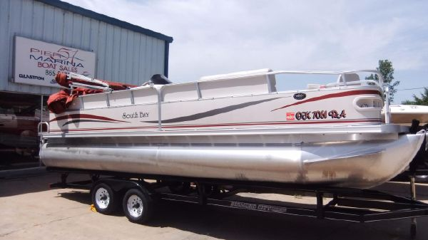 South Bay Pontoons 23'