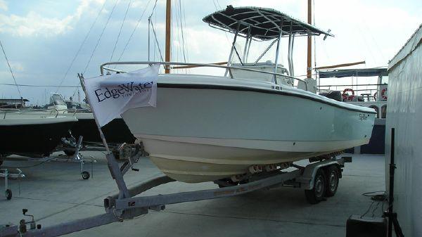 Edgewater 225CC
