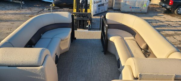 Bentley Pontoons 220 Cruise image