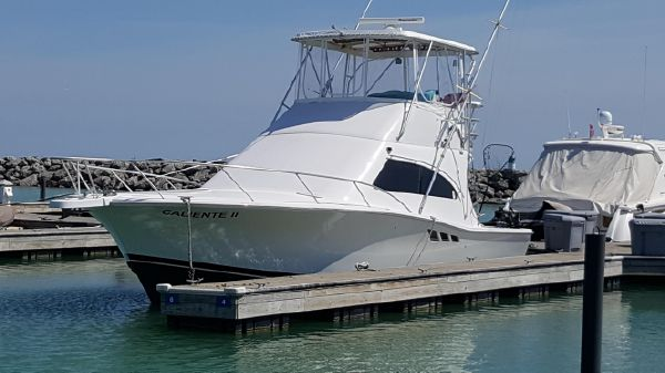 Luhrs 36 Convertible Sport Fish