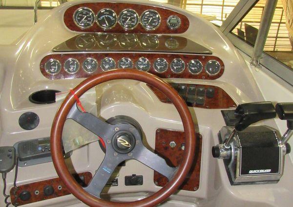 Regal 2760 Commodore image