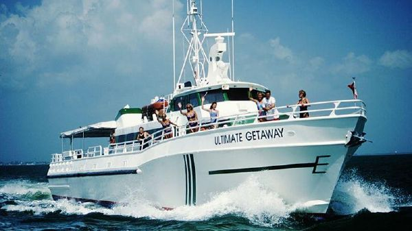 Breaux Bay Custom Charter Ultimate Getaway