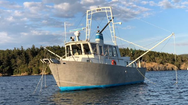 Ted Brewer Custom 41 Trawler