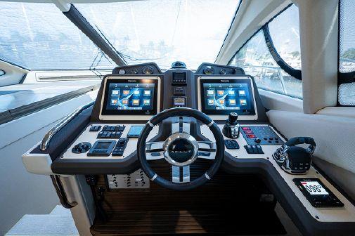 Azimut 54 Flybridge image