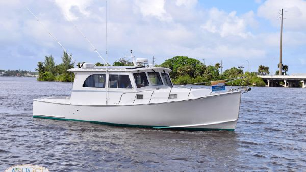 Northern Bay 38 Lobster Yacht