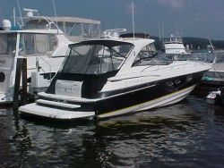 Regal 4260 Express Cruiser